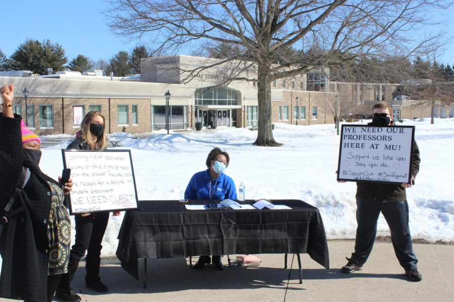 Student+Demonstration+in+response+of+recent+faculty+layoffs
