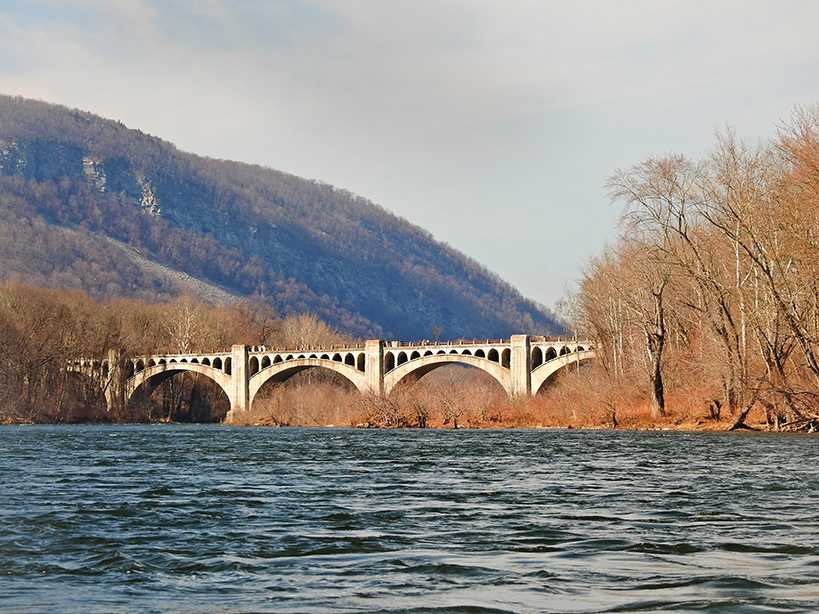 The Delaware River Viaduct is a reinforced concrete railroad bridge across the Delaware Bridge, more popularly known to the locals as the Alice in Wonderland Bridge.