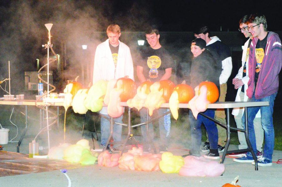 Chemistry Department Hosts Annual Boom In The Night