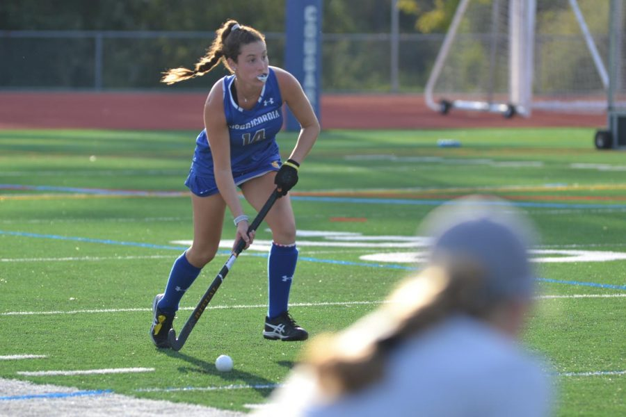 Field Hockey Dedicates Games To Suicide Victims