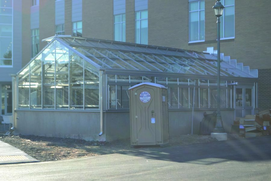 Professors+and+Students+Express+Excitement+for+New+Greenhouse