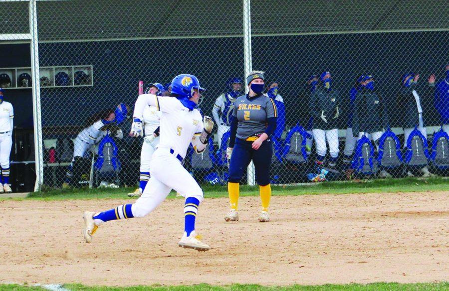 Softball+vs+Wilkes+University
